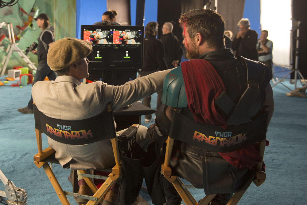Marvel Studios Thor: Ragnarok On set with Director Taika Waititi and Chris Hemsworth (Thor) Photo: Jasin Boland ©Marvel Studios 2017